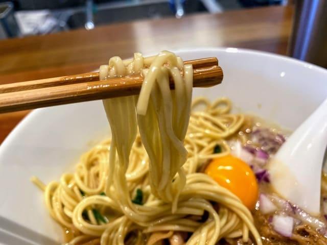 まんなかにきみがいる 徳島ラーメン 麺