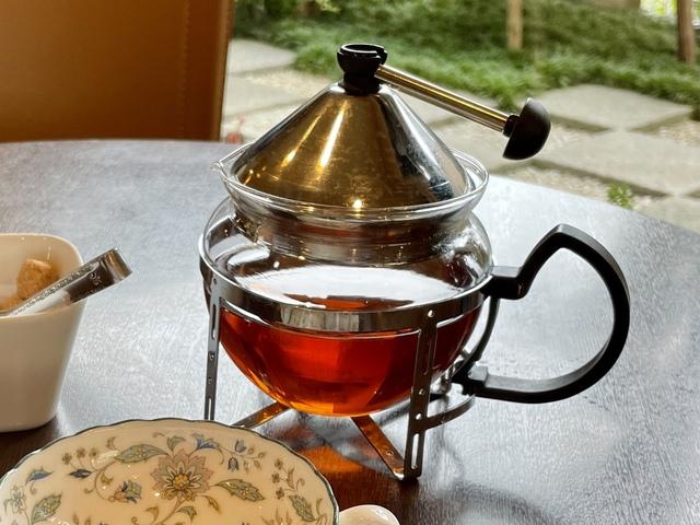 赤い屋根 高級紅茶 チョコレートパフェ
